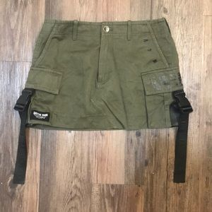 Army skirt LF with buckles